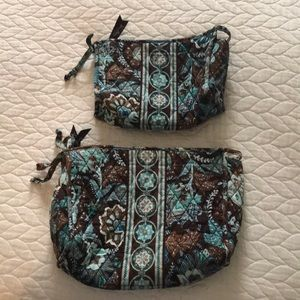 Bundle of 2 Vera Bradley cosmetic/toiletry bags⭐️